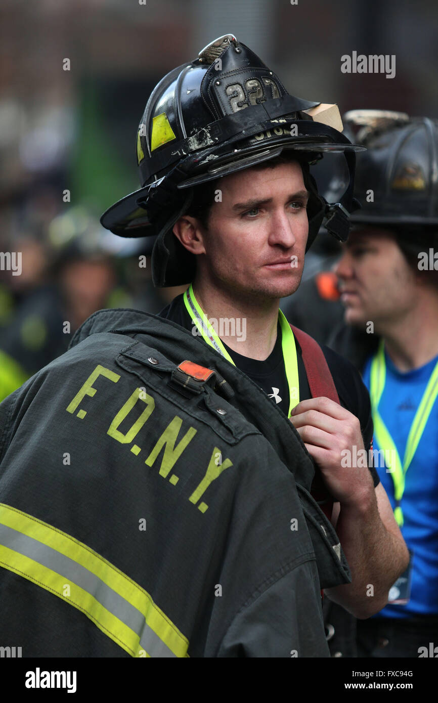 New York City, NY, USA. 13th Mar, 2016. An FDNY firefighter waits before the stair climb. 343 Firefighters from - Stock Image
