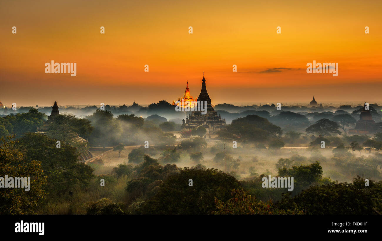 Scenic sunrise above Bagan in Myanmar. Bagan is an ancient city with thousands of historic buddhist temples and - Stock Image