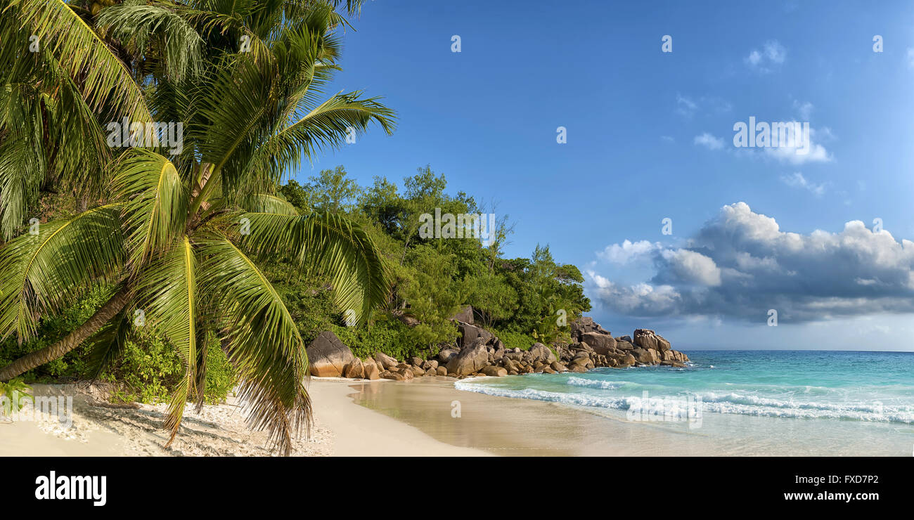 panoramic view of anse georgette in praslin island seychelles - Stock Image