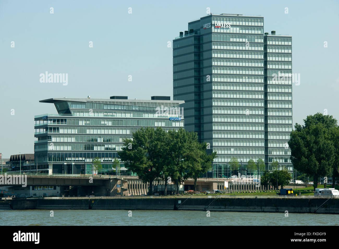 Deutschland, Nordrhein-Westfalen, Köln, Bürogebäude der Firme Lanxess, ehemalige Lufthansa Hauptverwaltung - Stock Image