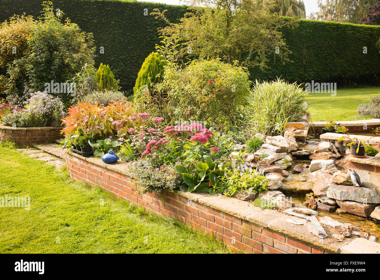 Brick Retaining Wall Stock Photos & Brick Retaining Wall Stock ...