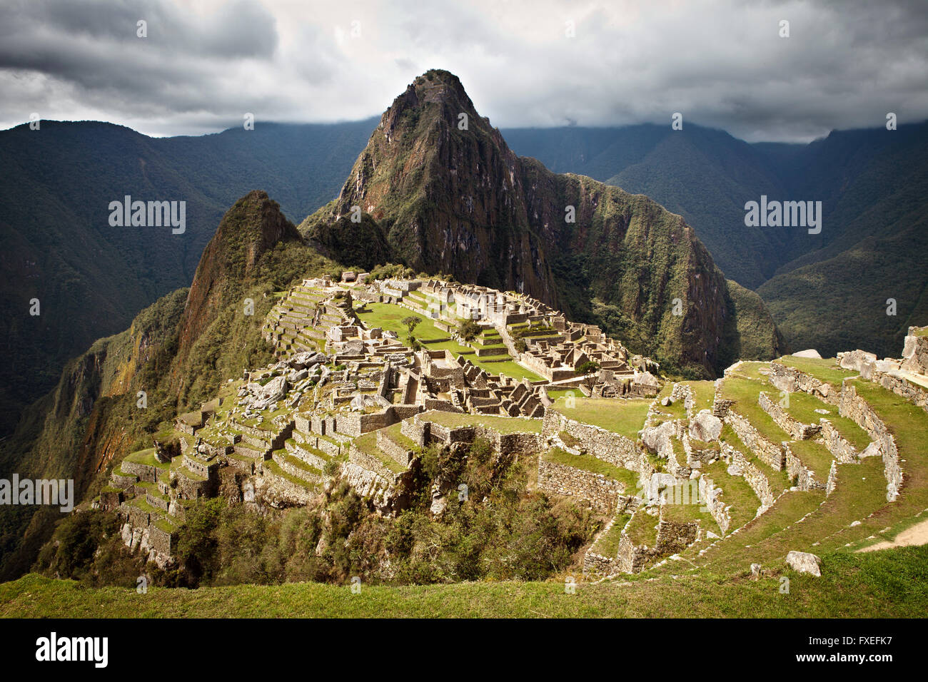 Machu Picchu City ruins terraces - Stock Image