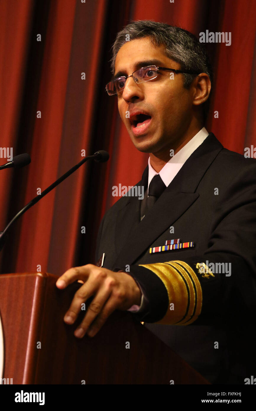 New York, New York, USA. 14th Apr, 2016. Surgeon General Vice Admiral VIVEK H. MURTHY speaks at the 2016 National - Stock Image