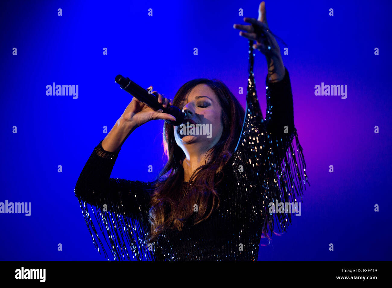 Porto, Portugal. 15th April, 2016. The fado singer Ana Moura performs live in Porto Colosseum during tour with her - Stock Image