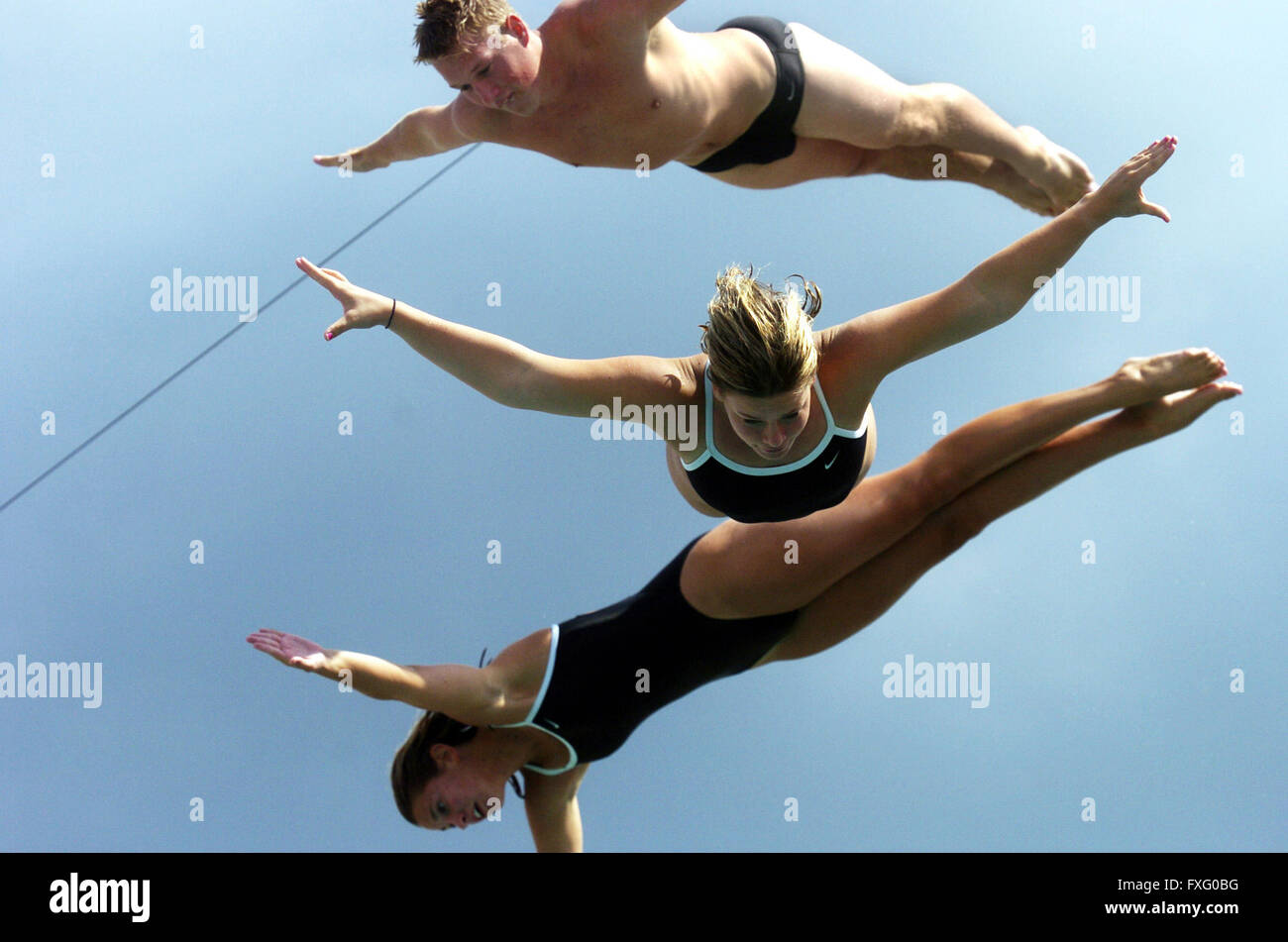 Springfield, Illinois, USA. 6th Sep, 2002. Members of the Extreme Team Divers for Sacco Shows: RYAN PESCHKE, top, - Stock Image