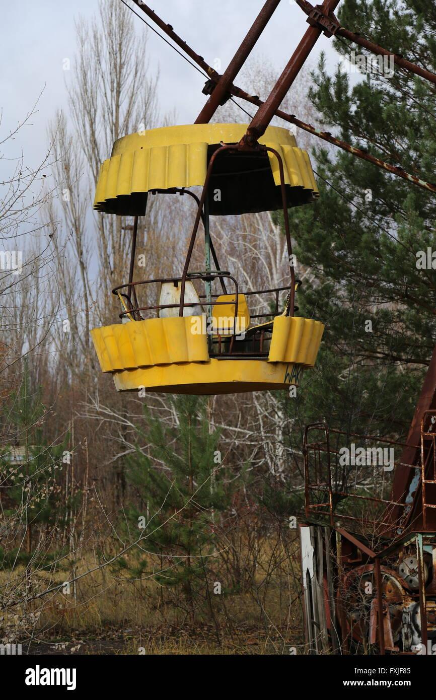 Ferris wheel at the abandoned city of Pripyat, Chernobyl Exclusion Zone, Ukraine - Stock Image