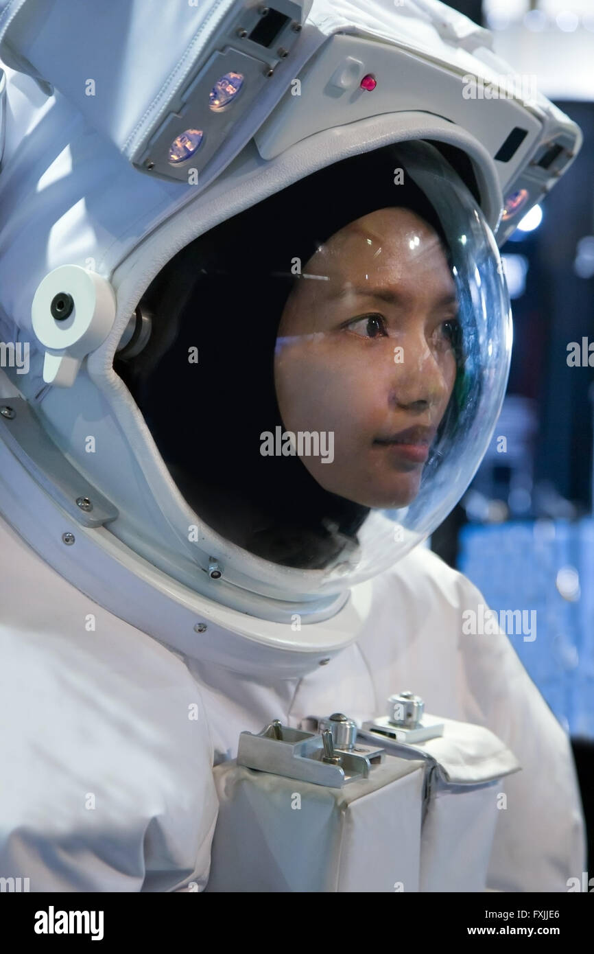 Asian woman in a suit astronaut Stock Photo: 102442542 - Alamy