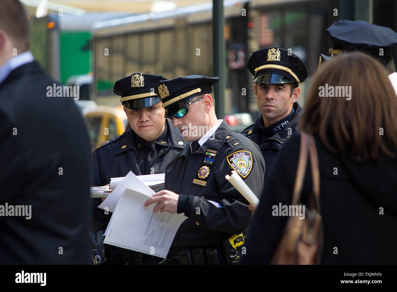 Mobilizing- An NYPD police command unit mobilises for action before anti-Trump demonstration during 2016 US elections - Stock Image