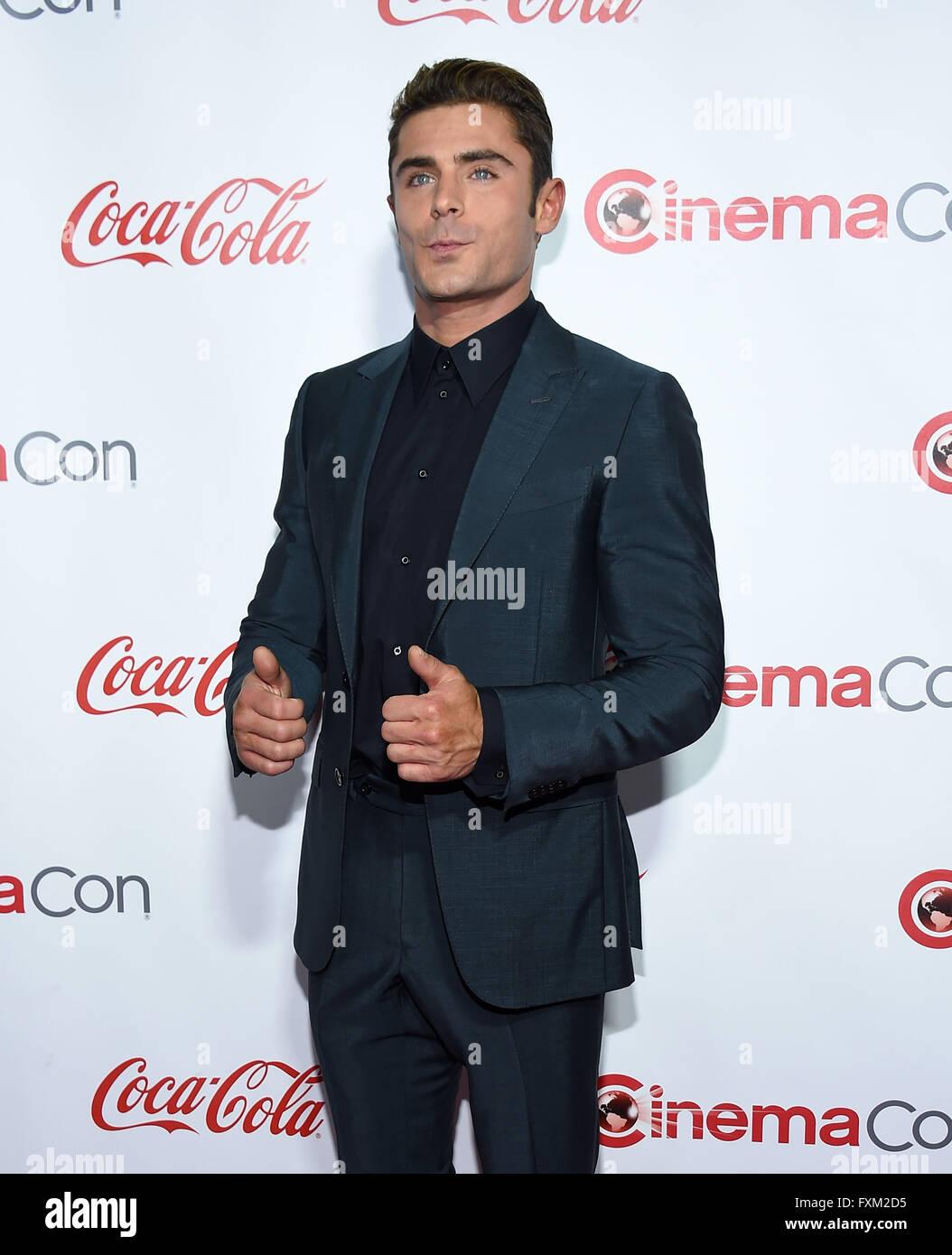 Las Vegas, Nevada, USA. 14th Apr, 2016. Zac Efron arrives for the Cinema Con 2016: Awards Gala at Caeser's Palace. Stock Photo