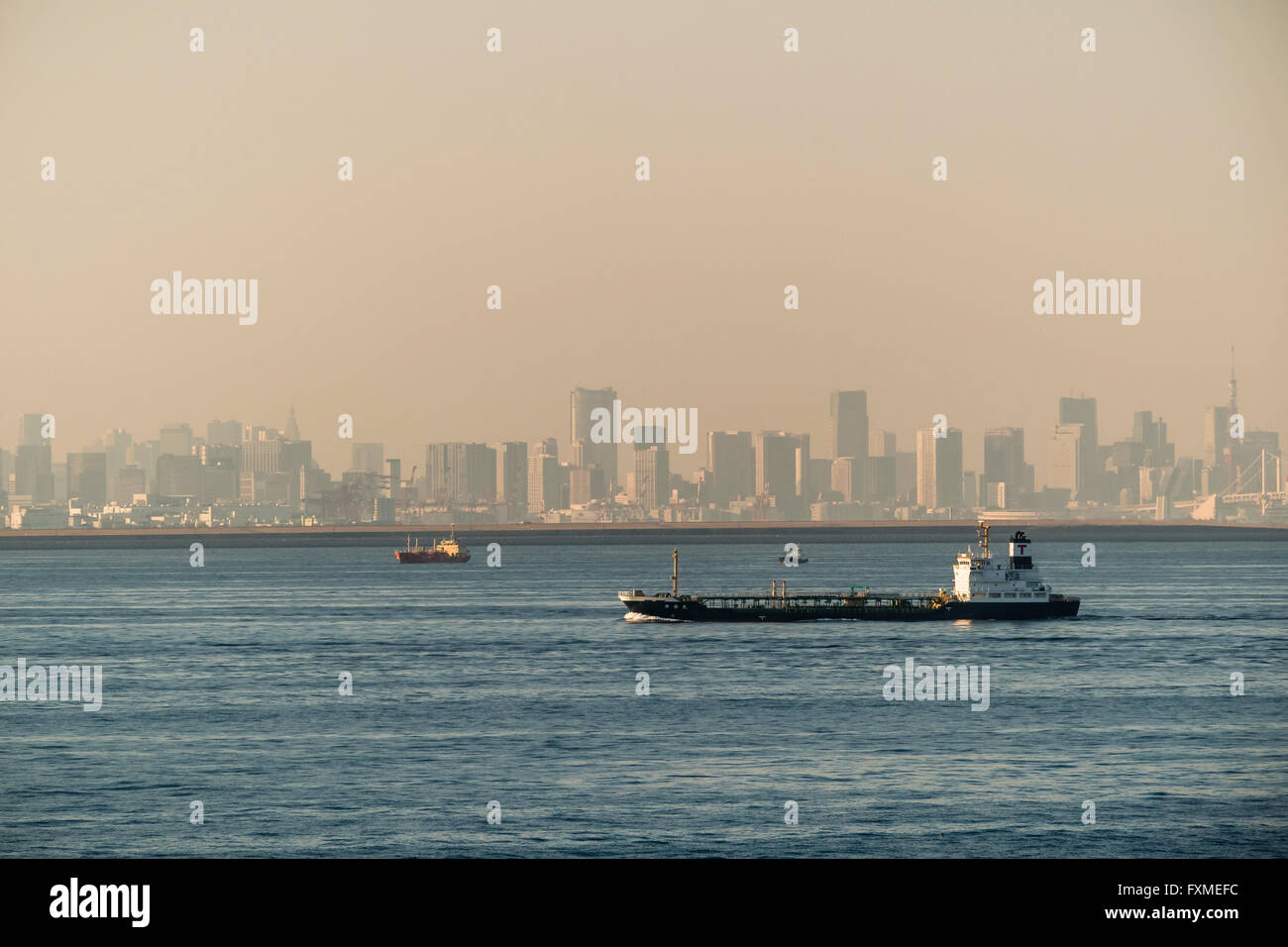 Cargo vessels on Tokyo Bay - Stock Image