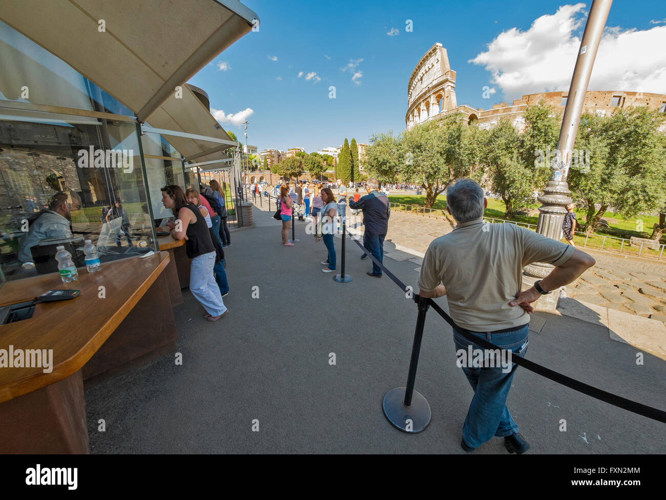 queuing at the Roman Colosseum - Stock Image