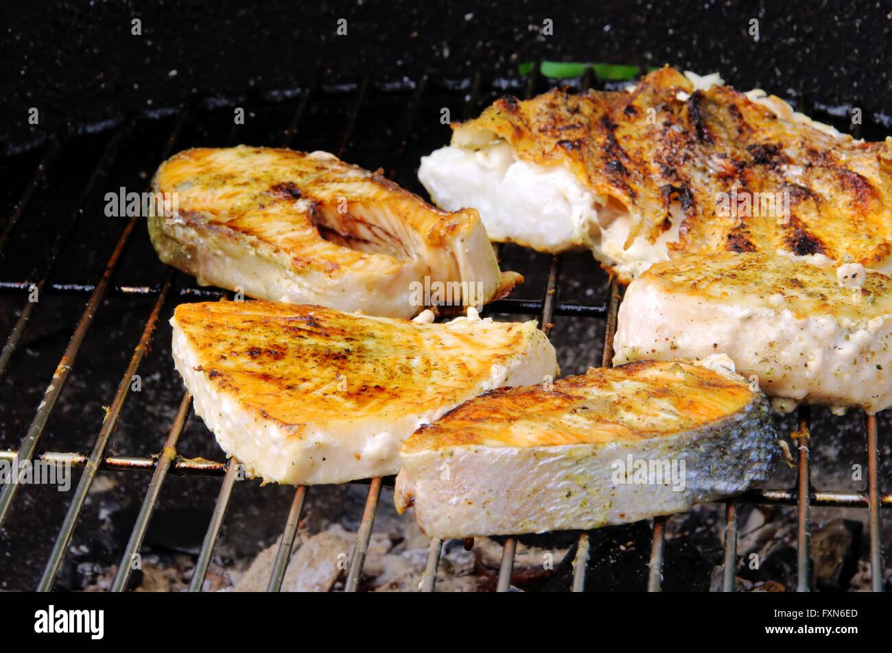 Grillen Fischsteak - grilling steak from fish 07 - Stock Image