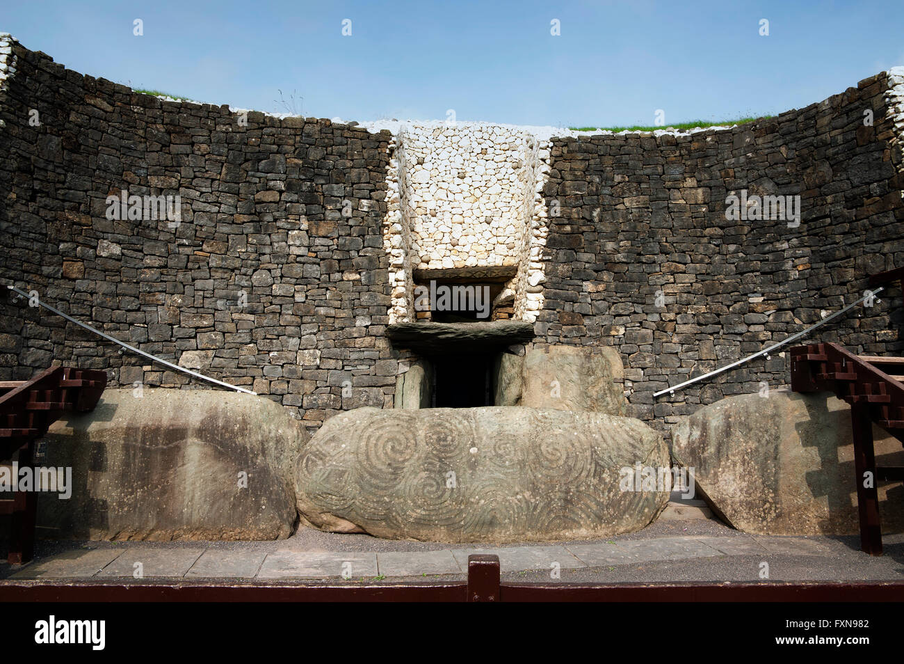Detail of the Newgrange in the Boyne Valley is a 5000 year old Passage Tomb. Co. Meath, Ireland Stock Photo
