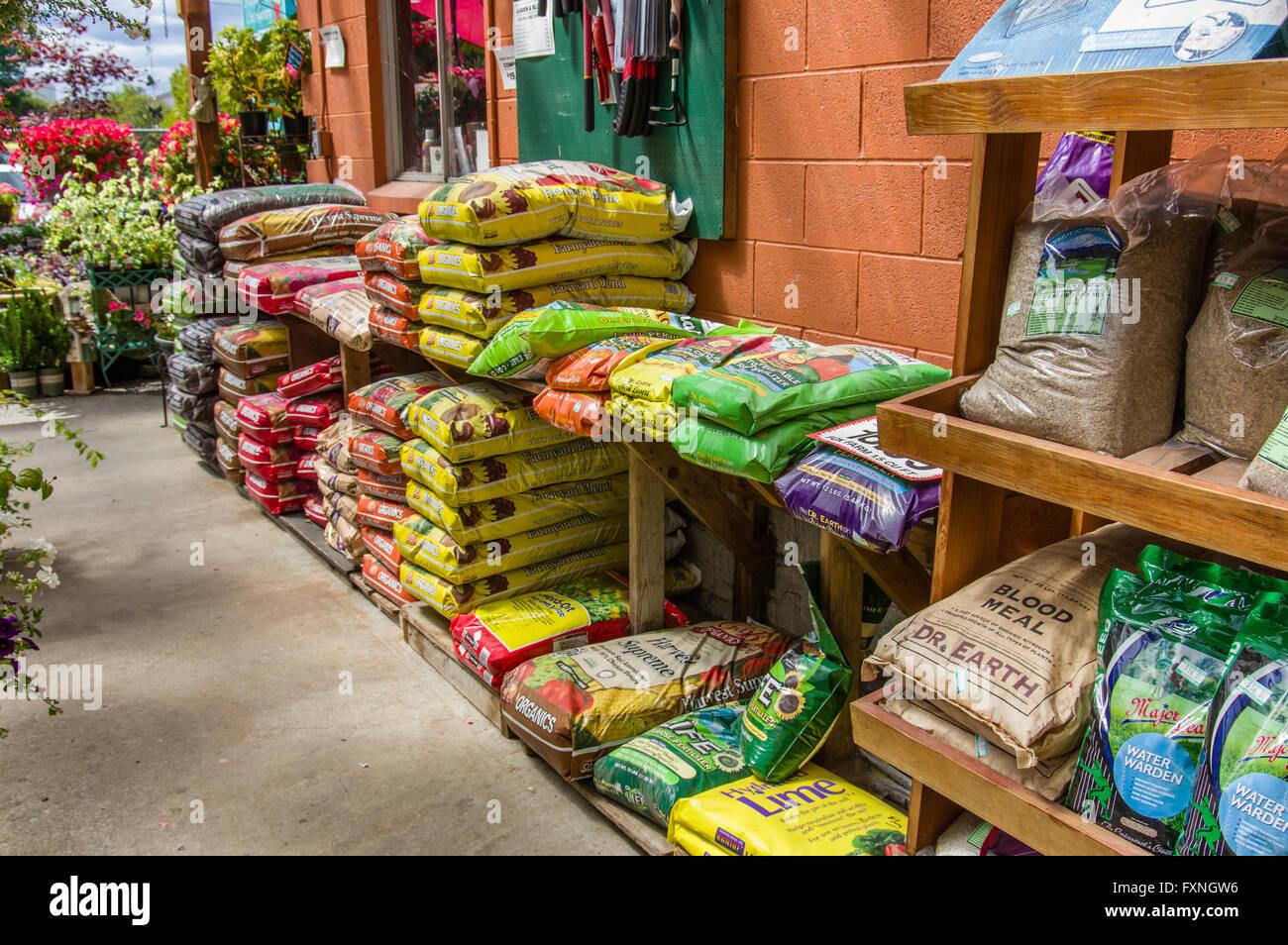 Bags of organic fertilizer at a retail garden center Stock Photo ...