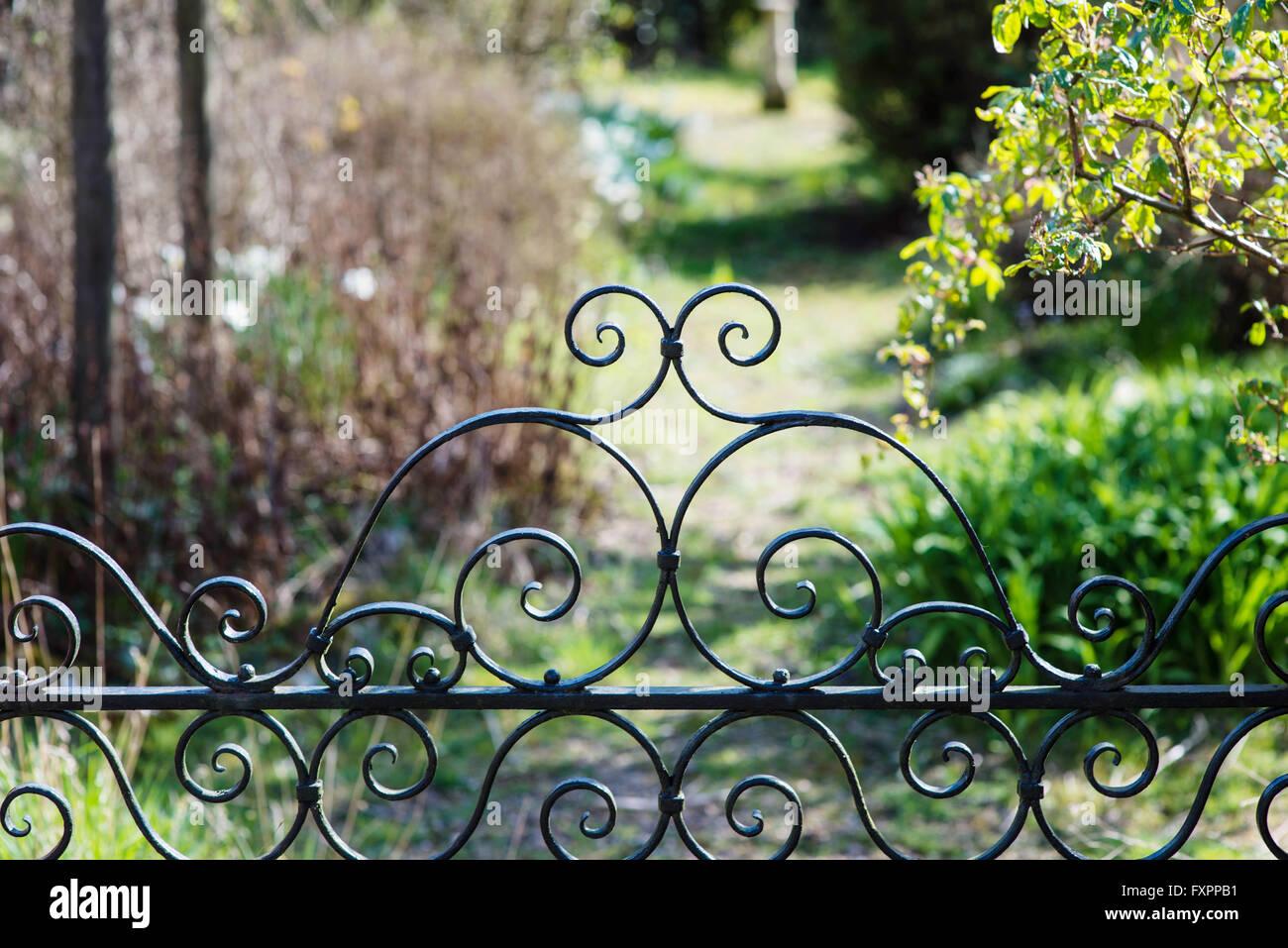 Garden Gate Iron Stock Photos & Garden Gate Iron Stock Images - Alamy