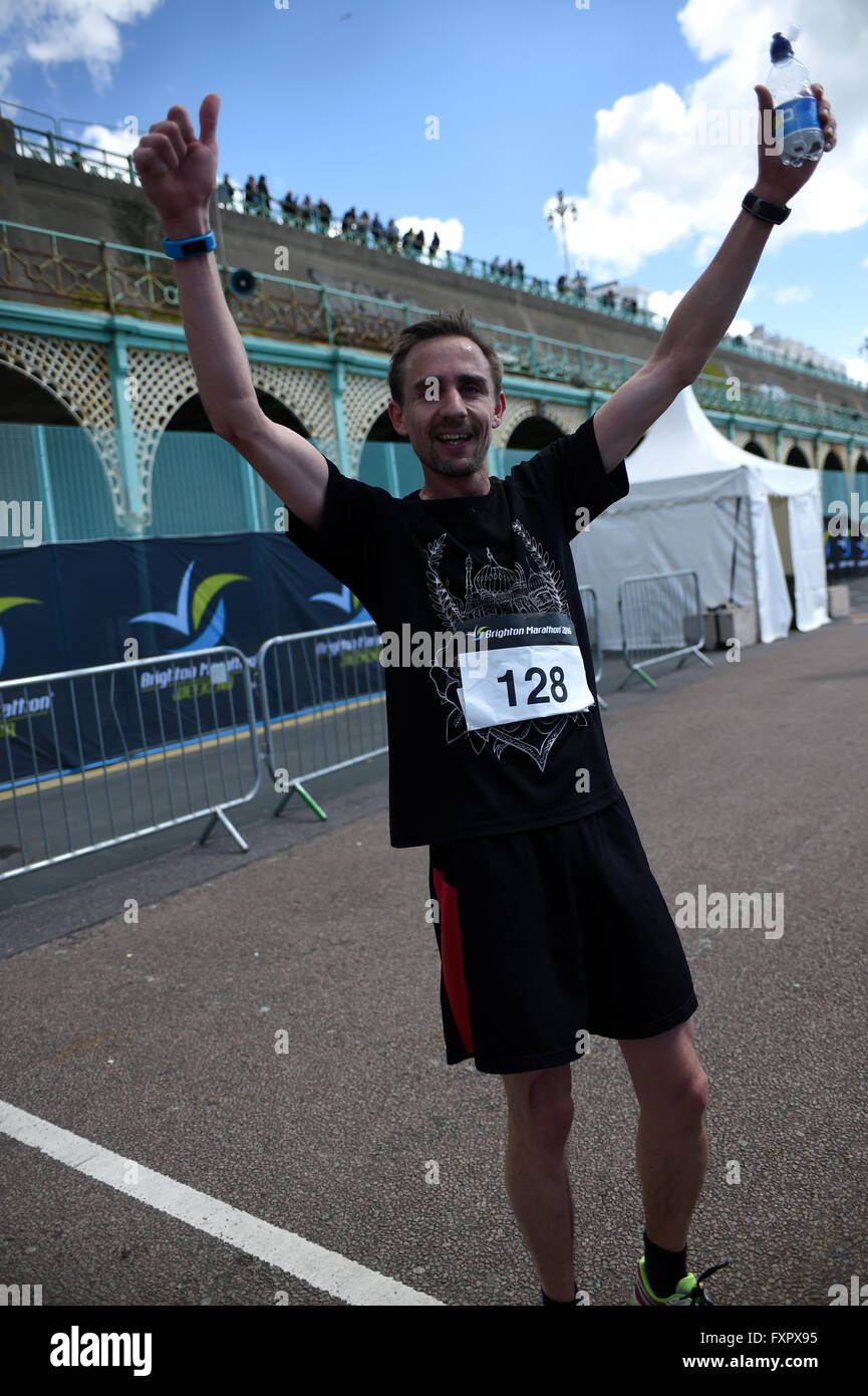 Brighton, UK. 17th Apr, 2016. 2016 Brighton Marathon: Tom Roach from Lewes came in 6th place just behind the elite - Stock Image