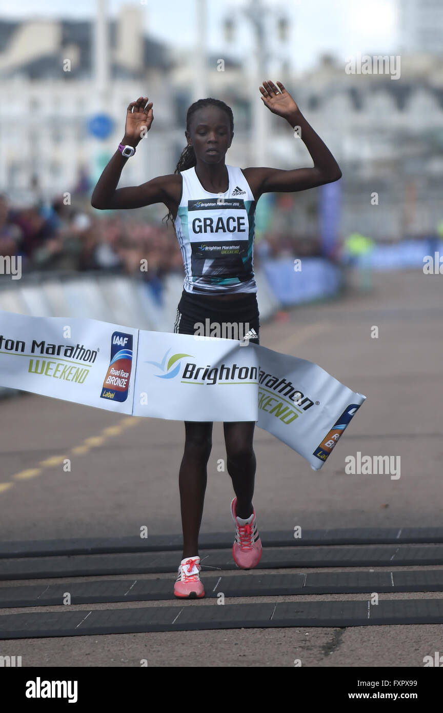Brighton, UK. 17th Apr, 2016. 2016 Brighton Marathon: Fastest woman Grace Momanyi  from Kenya  in a time of 02:34:16 - Stock Image