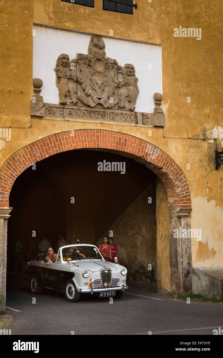 Sri Lanka, Galle, Fort, Ridee Villa guests touring in classic 1950s Wolseley car - Stock Image