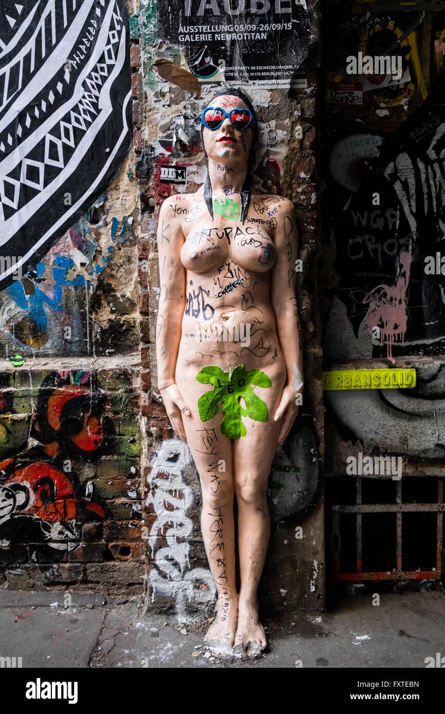 Outdoor art installation sculpture in courtyard at Hackesche Hofe in Mitte Berlin Germany - Stock Image