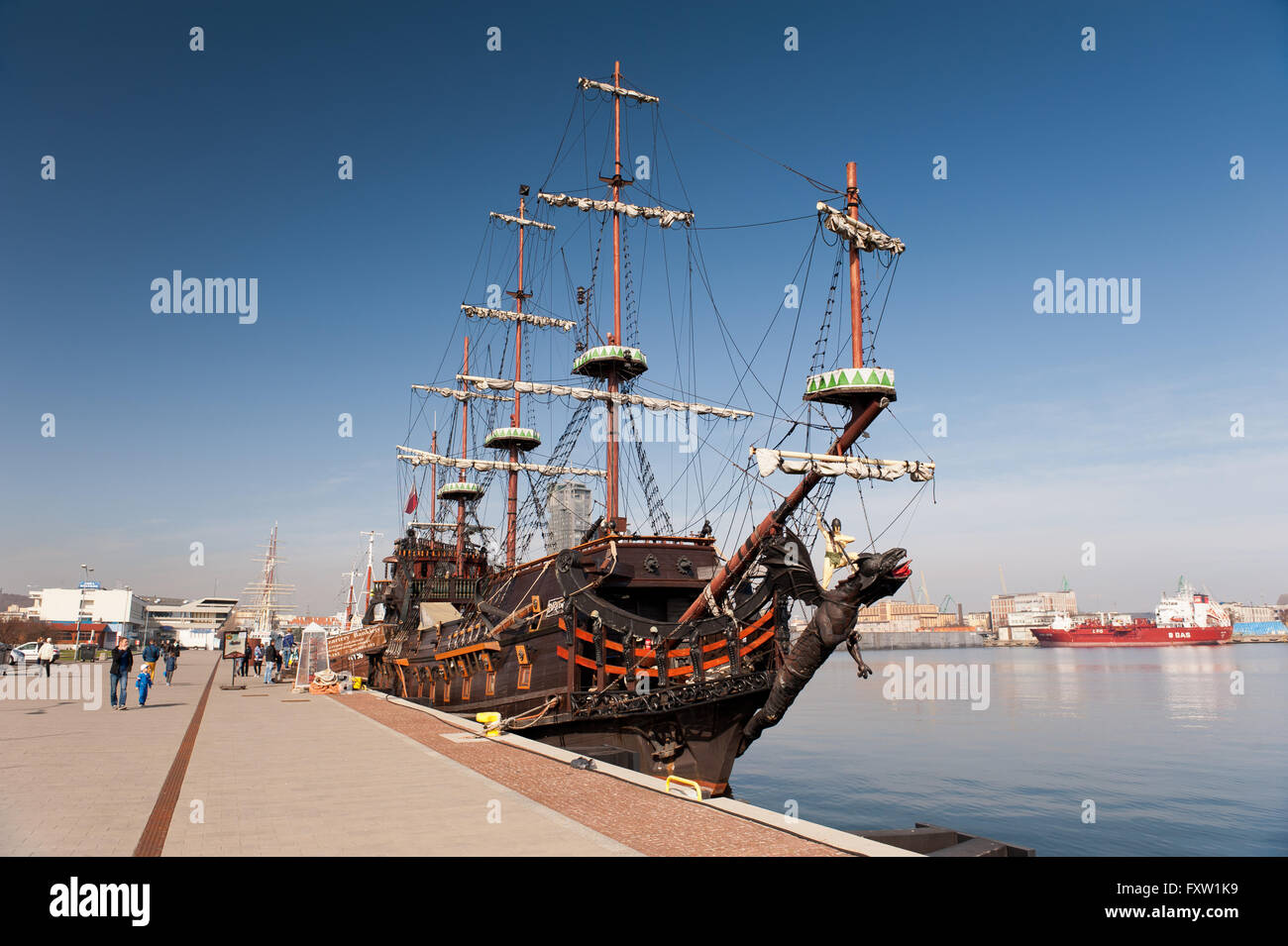 Dragon vessel prow with bowsprit in Gdynia, Poland, Europe, Baltic Sea, passenger cruise ship looks like XVII century - Stock Image