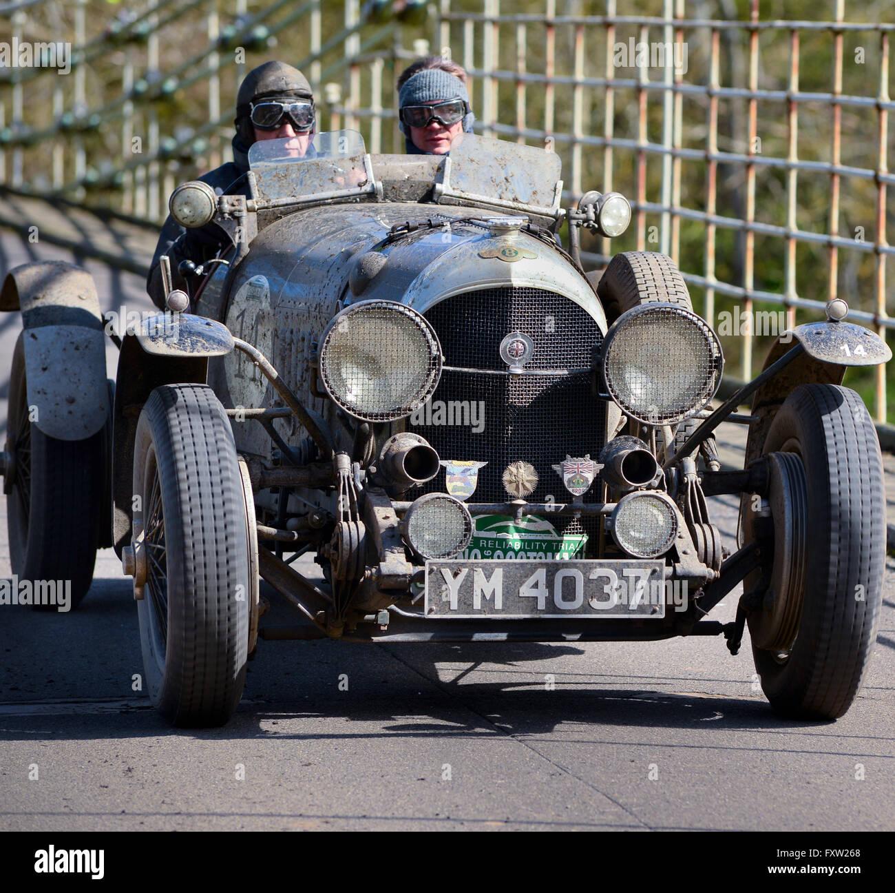 Classic 1936 Bentley 4 Derby Sports Saloon Sedan Saloon: Vintage Bentley Rally Stock Photos & Vintage Bentley Rally