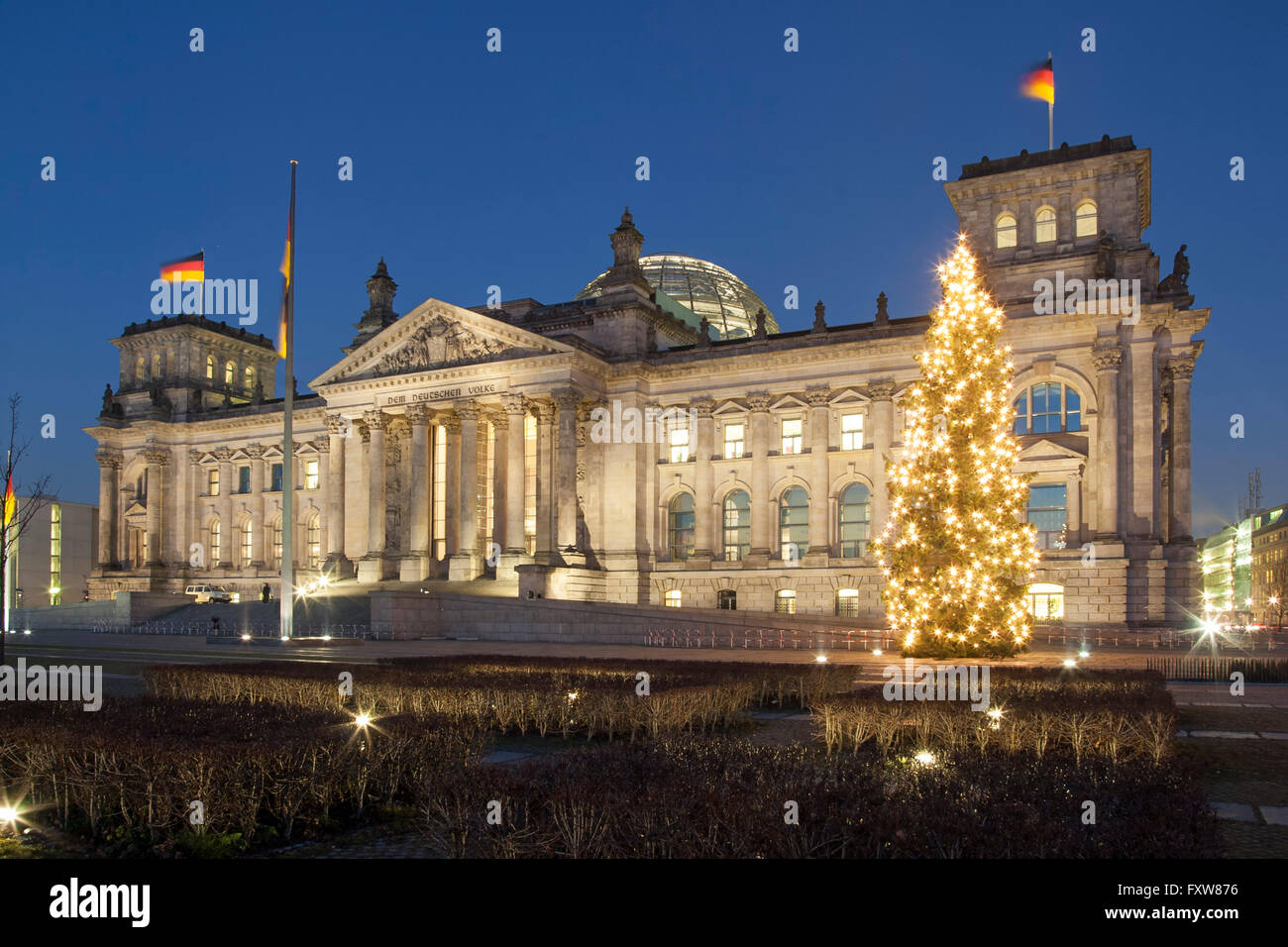 Berlin Reichstag in winter , christmas tree, Tiergarten, Berlin Stock Photo
