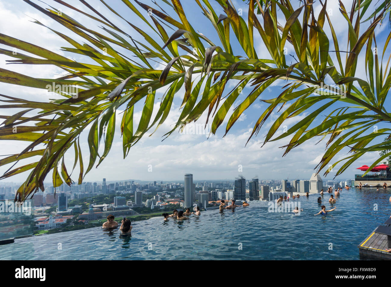Marina Bay Sands , Infinity pool, Roof Terasse, Marina Bay, Singapore, Singapur, Southest Asia, - Stock Image