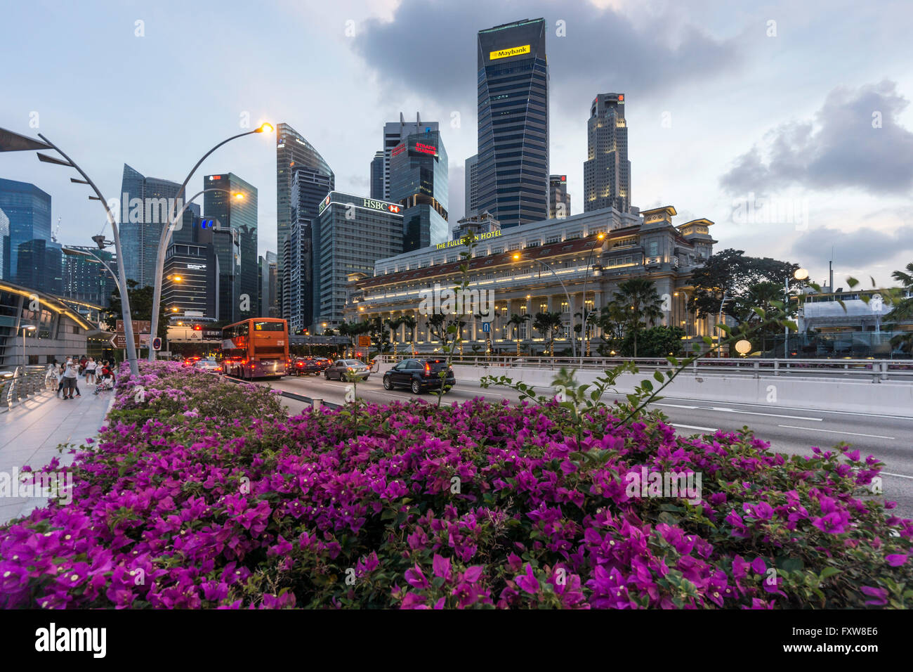 Financial District, Fullerton Hotel, Skyscraper,  Twilight,  Singapore, Singapur, Southest Asia, travelstock44Stock Photo