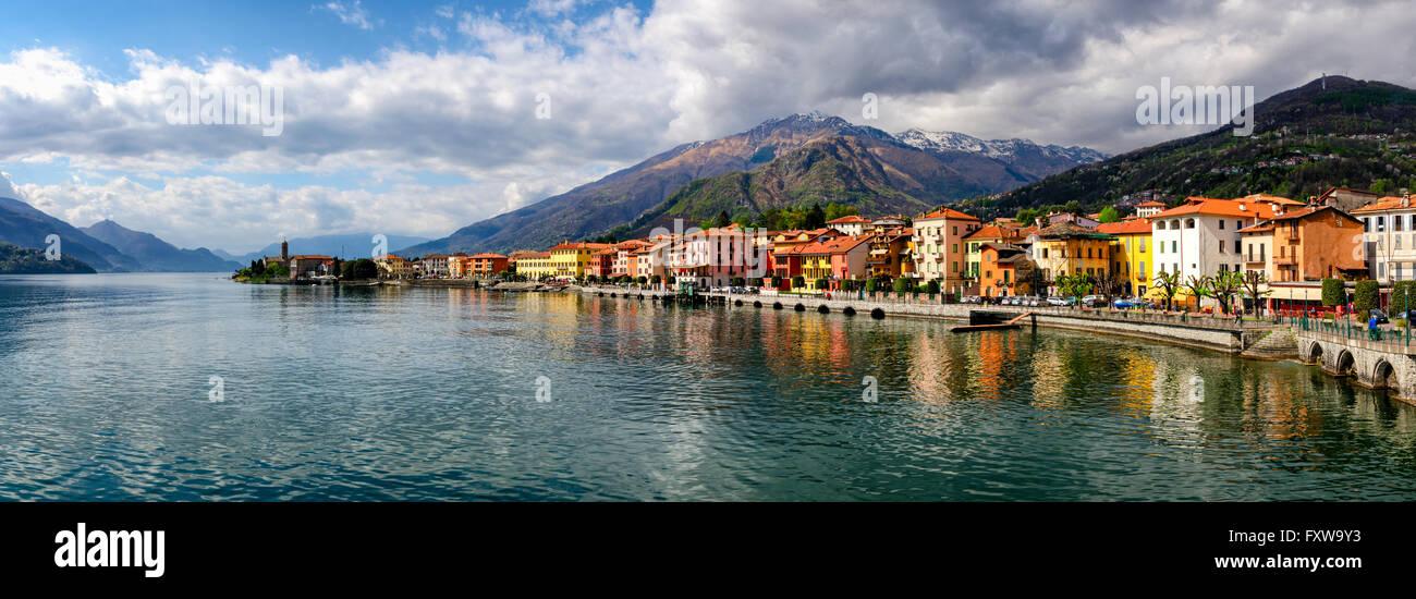 Lago di Como (Lake Como) Gravedona panoramic view at sunrise Stock Photo