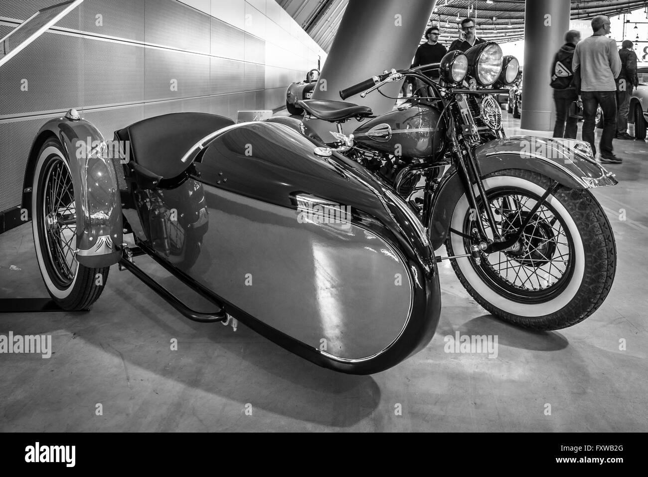 motorcycle harley davidson wla 45 gespann 1944 with sidecar simard stock photo 102590392 alamy. Black Bedroom Furniture Sets. Home Design Ideas