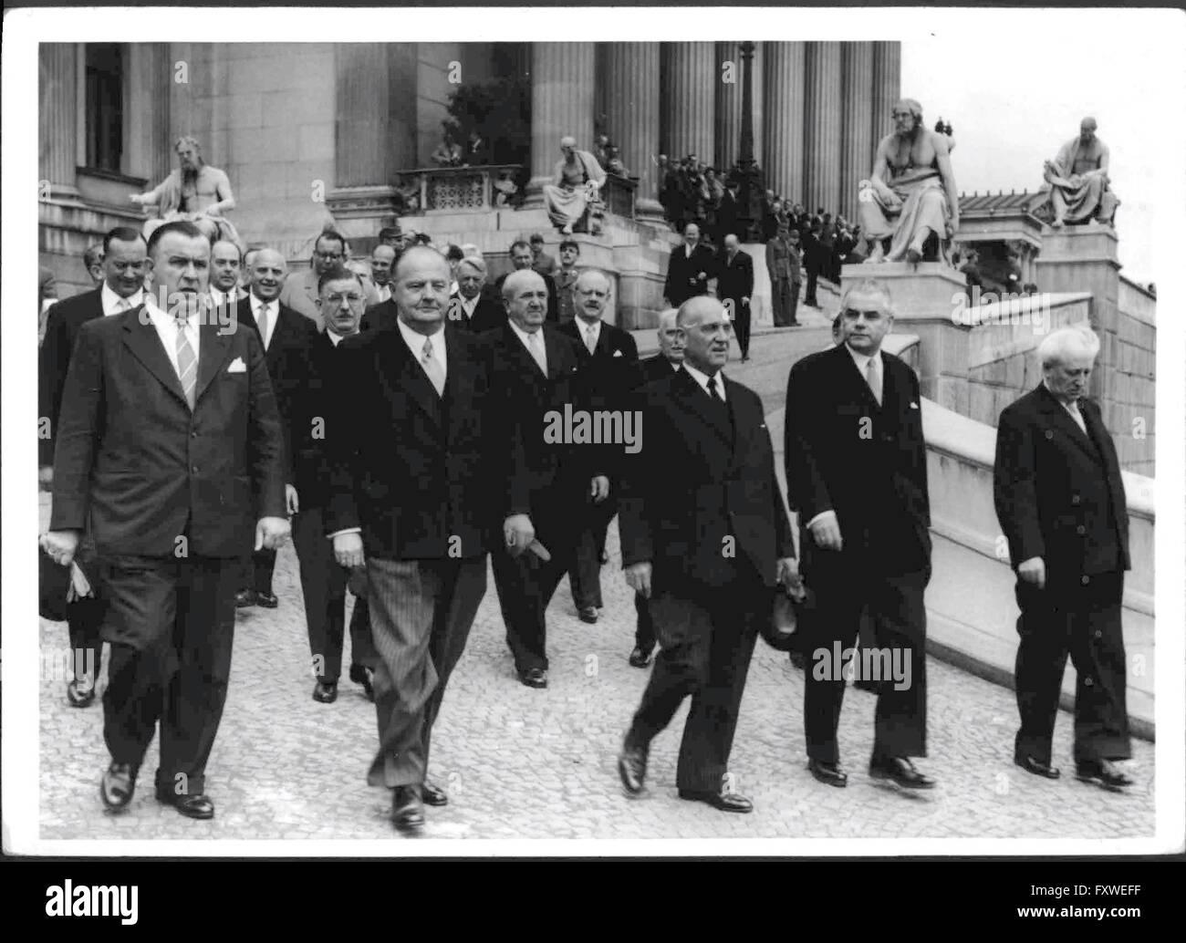 Angelobung von Bundespräsident Schärf - Stock Image