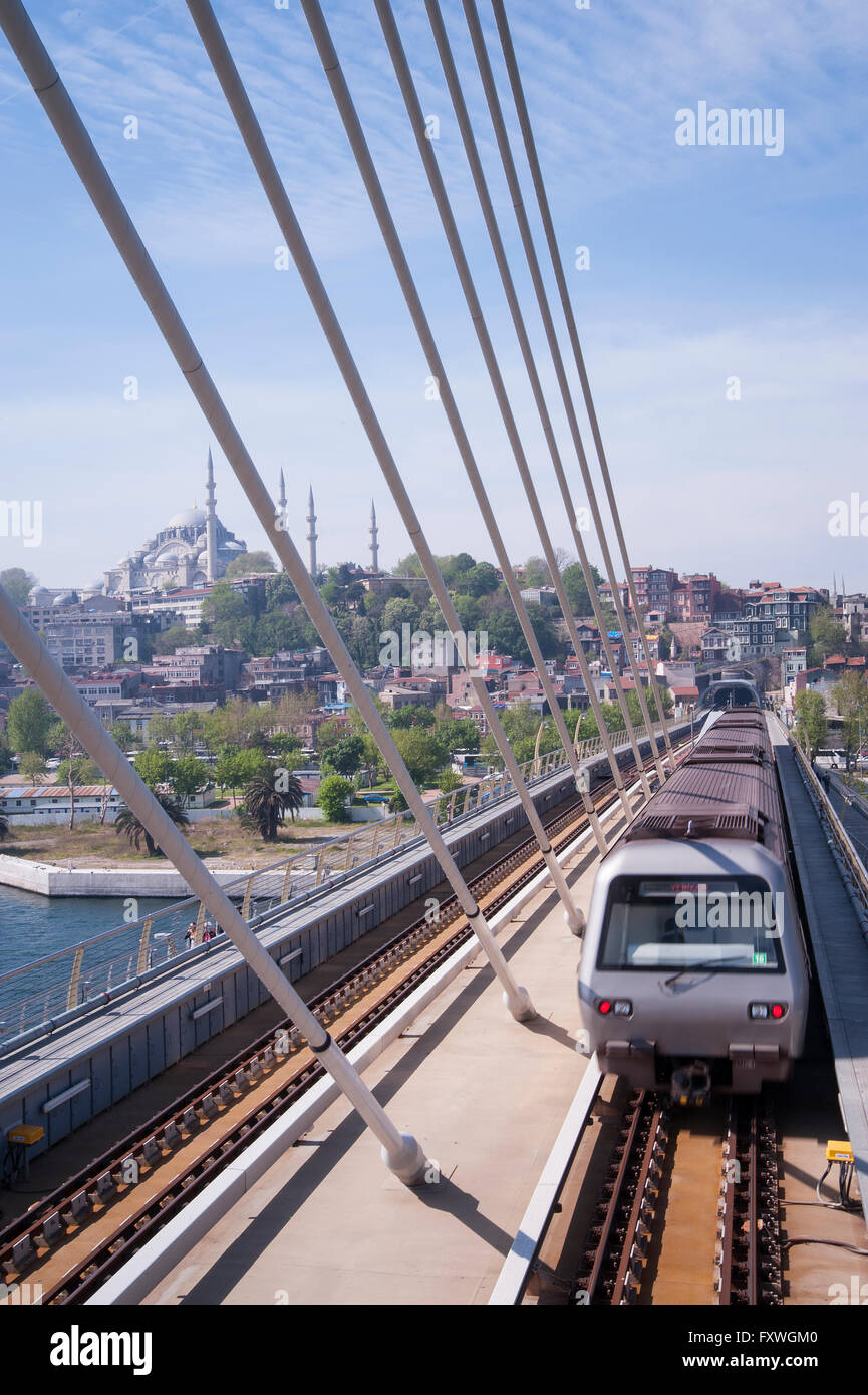 The new metro bridge took many years to construct and now crosses the Golden Horn in Istanbul - Stock Image