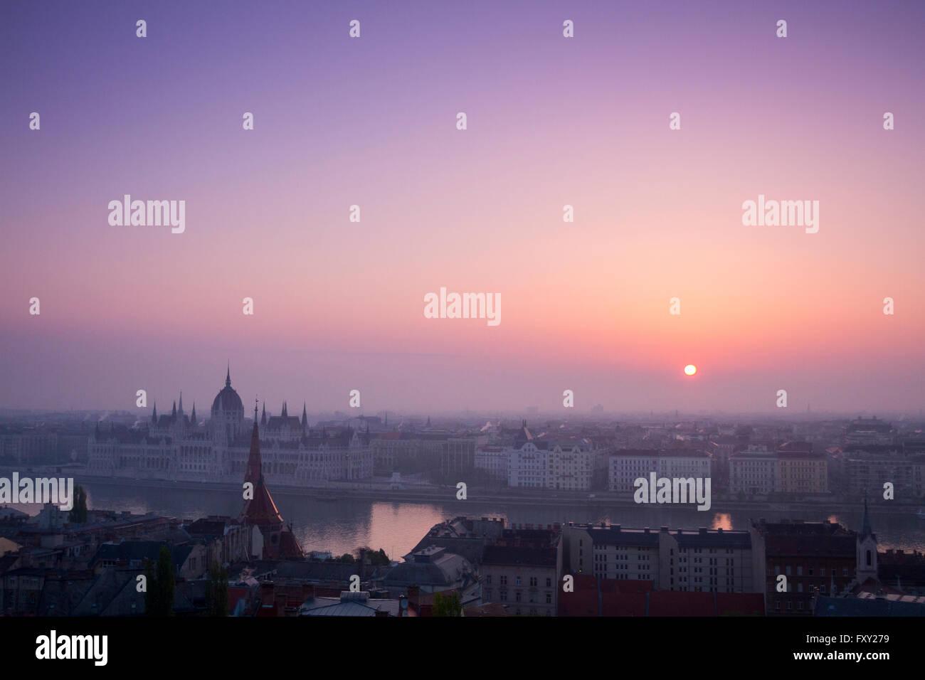 Sunrise and panoramic views from Fisherman's Bastion, Budapest, Hungary. - Stock Image