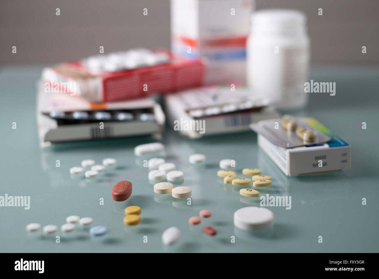 Pills and Packaging horizontal and slightly darker - Stock Image