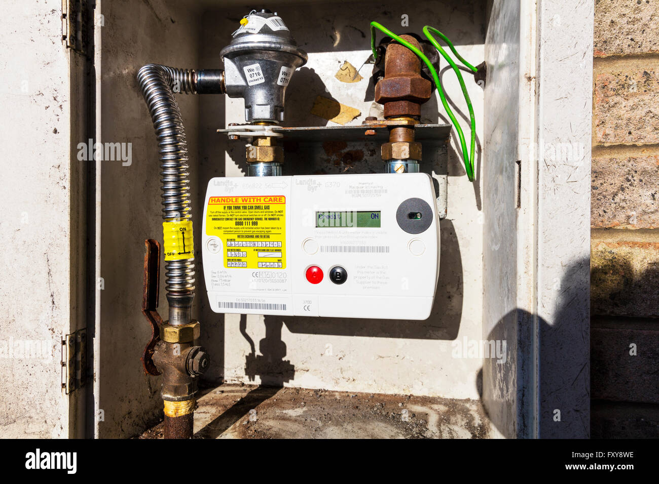 British gas smart meter monitoring usage home technology UK meters metering real time usage budget budgeting charge Stock Photo