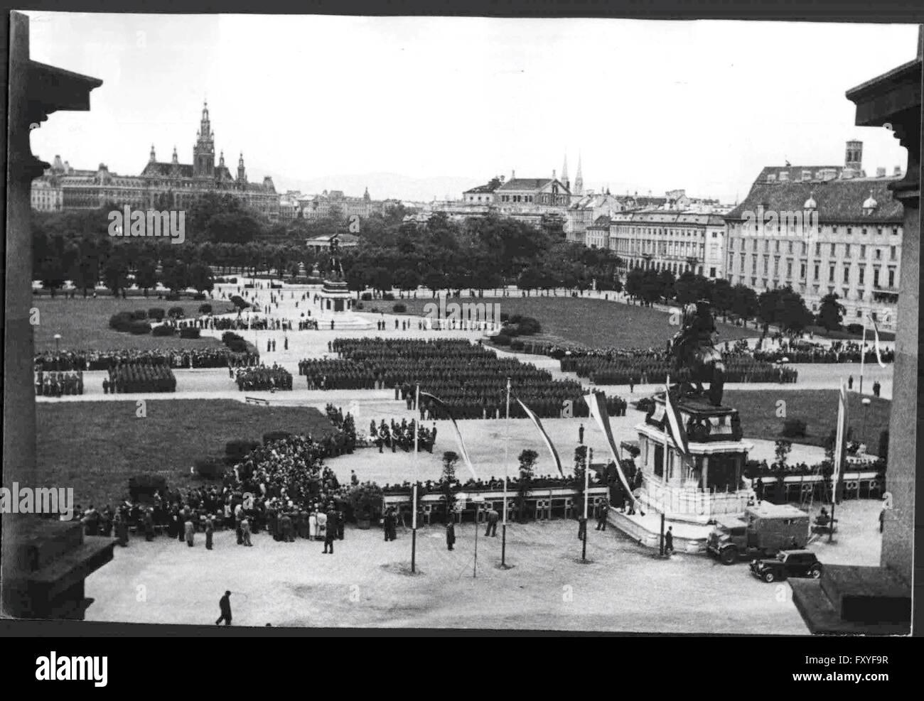 100 Jahrfeier der österreichischen Gendarmerie am Heldenplatz - Stock Image