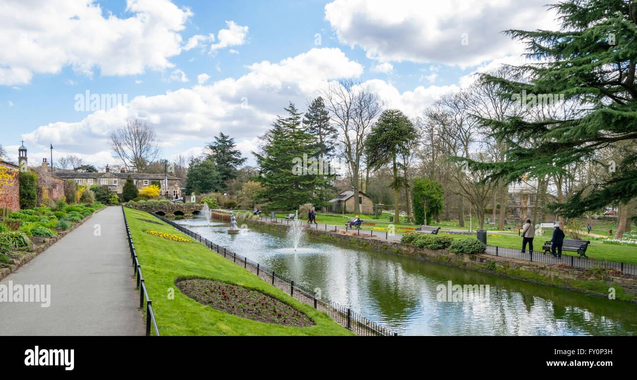 Overlooking Canal Gardens in Roundhay Park, Leeds, West Yorkshire, UK. Stock Photo