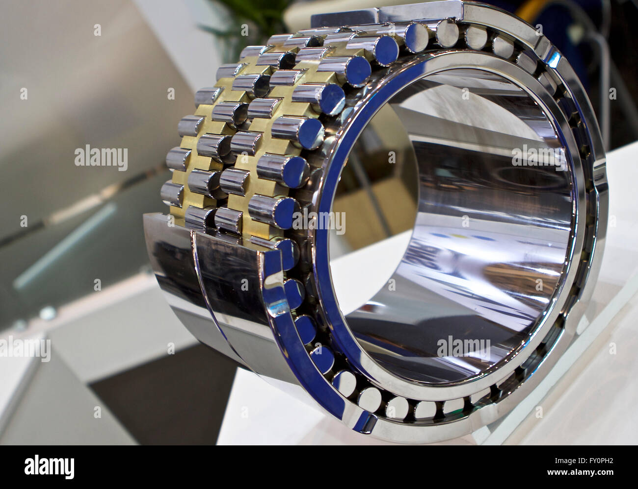 kind of physical geometric cut roller bearing rotation - Stock Image