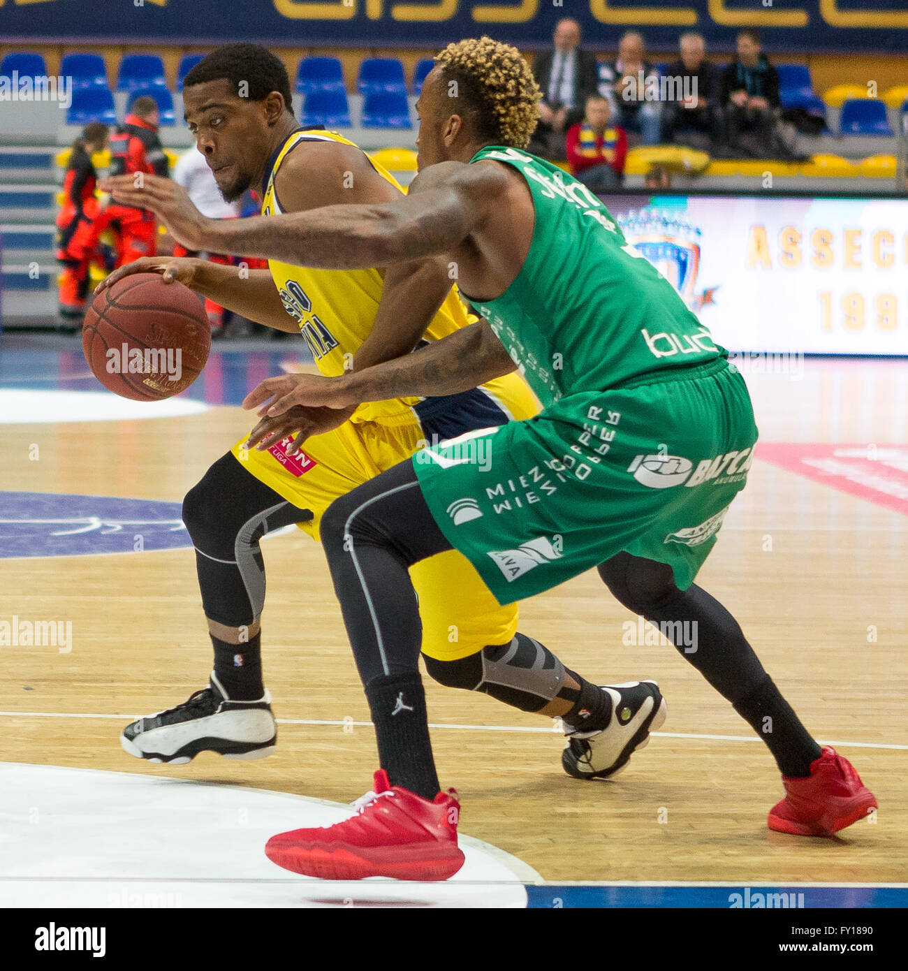 Gdynia Arena, Gdynia, Poland, 19th April, 2016. Basketball Tauron League,  Anthony Hickey, Dee Bost in action during - Stock Image
