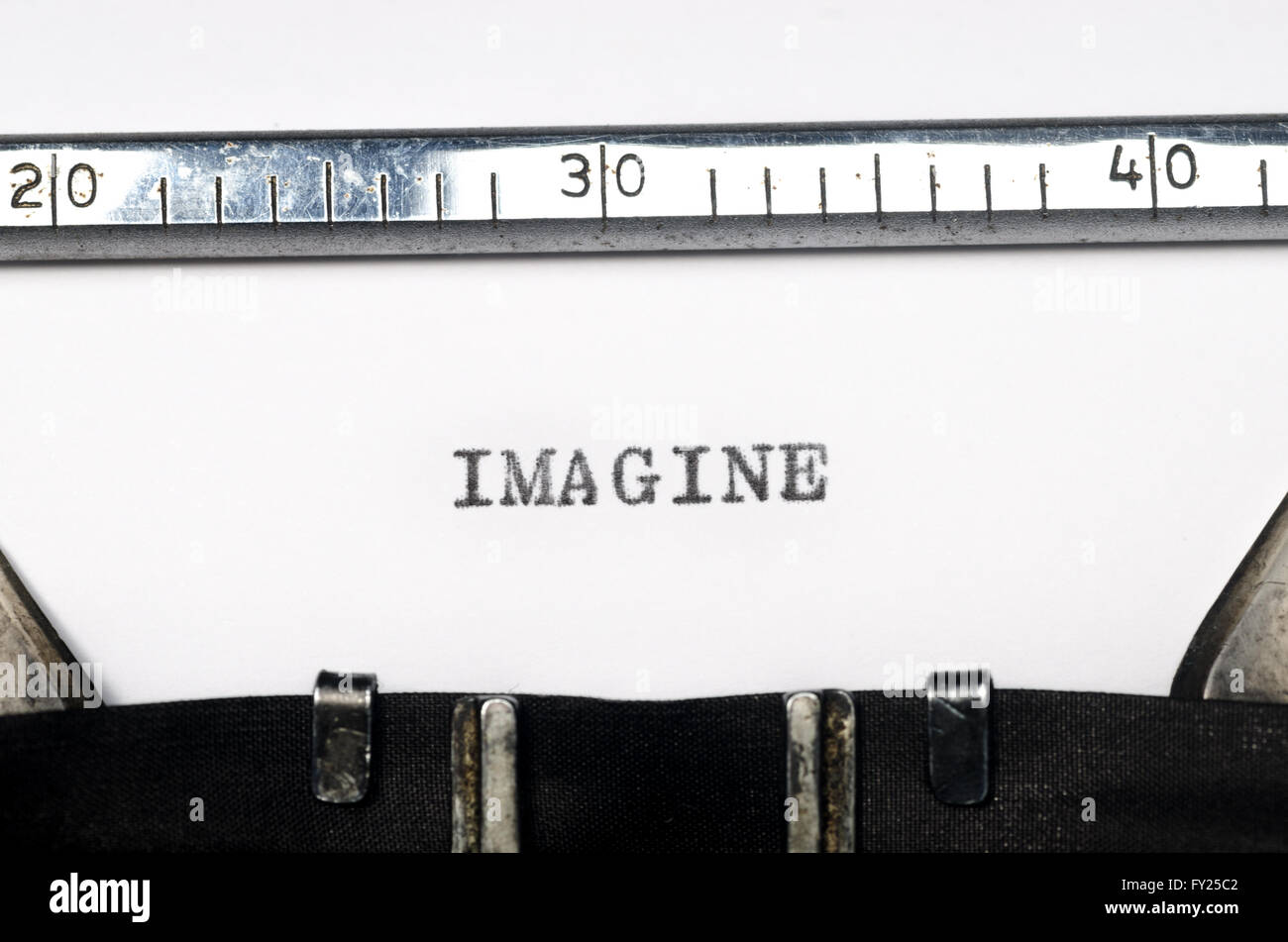 word imagine typed on old typewriter Stock Photo: 102695714