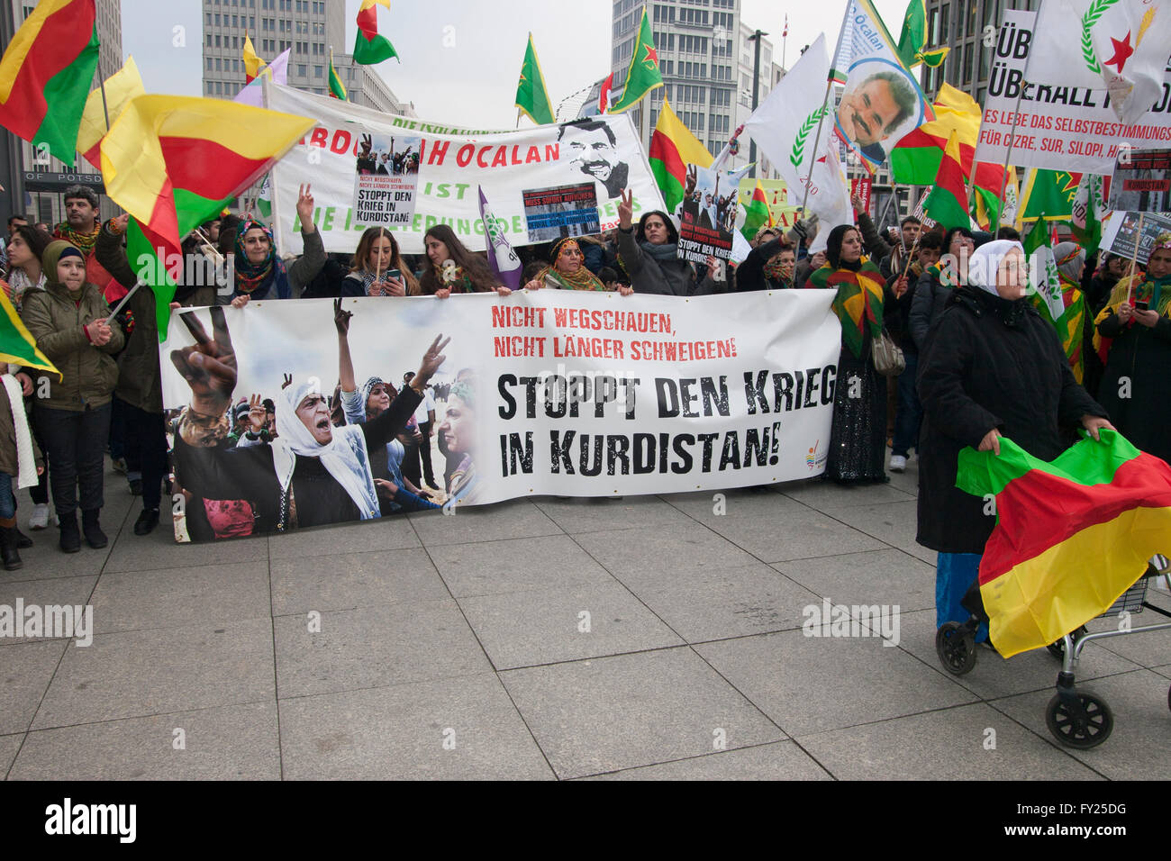 Kurds protesting against Turkish government, demanding an end to the war in Kurdistan. Berlin, Germany. - Stock Image
