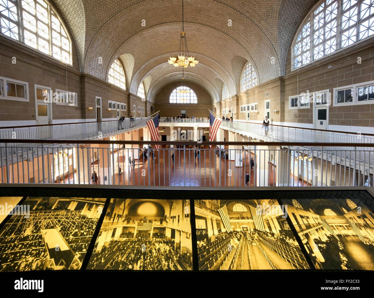 Foyer Museum York : Ellis island museum stock photos