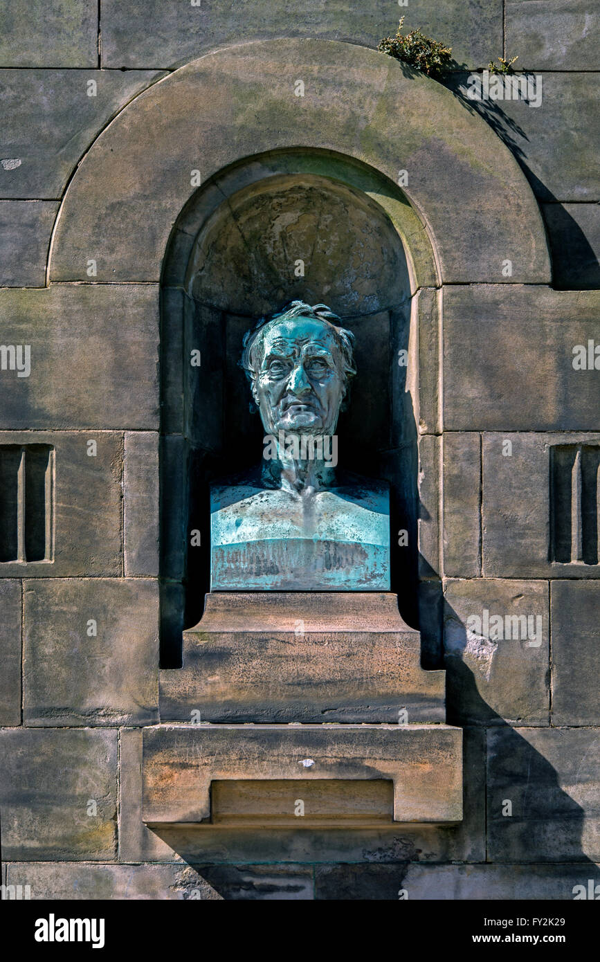 Memorial in the grounds of the Royal Edinburgh Hospital to Phillipe Pinel (1745-1826) commemorating the centenary - Stock Image