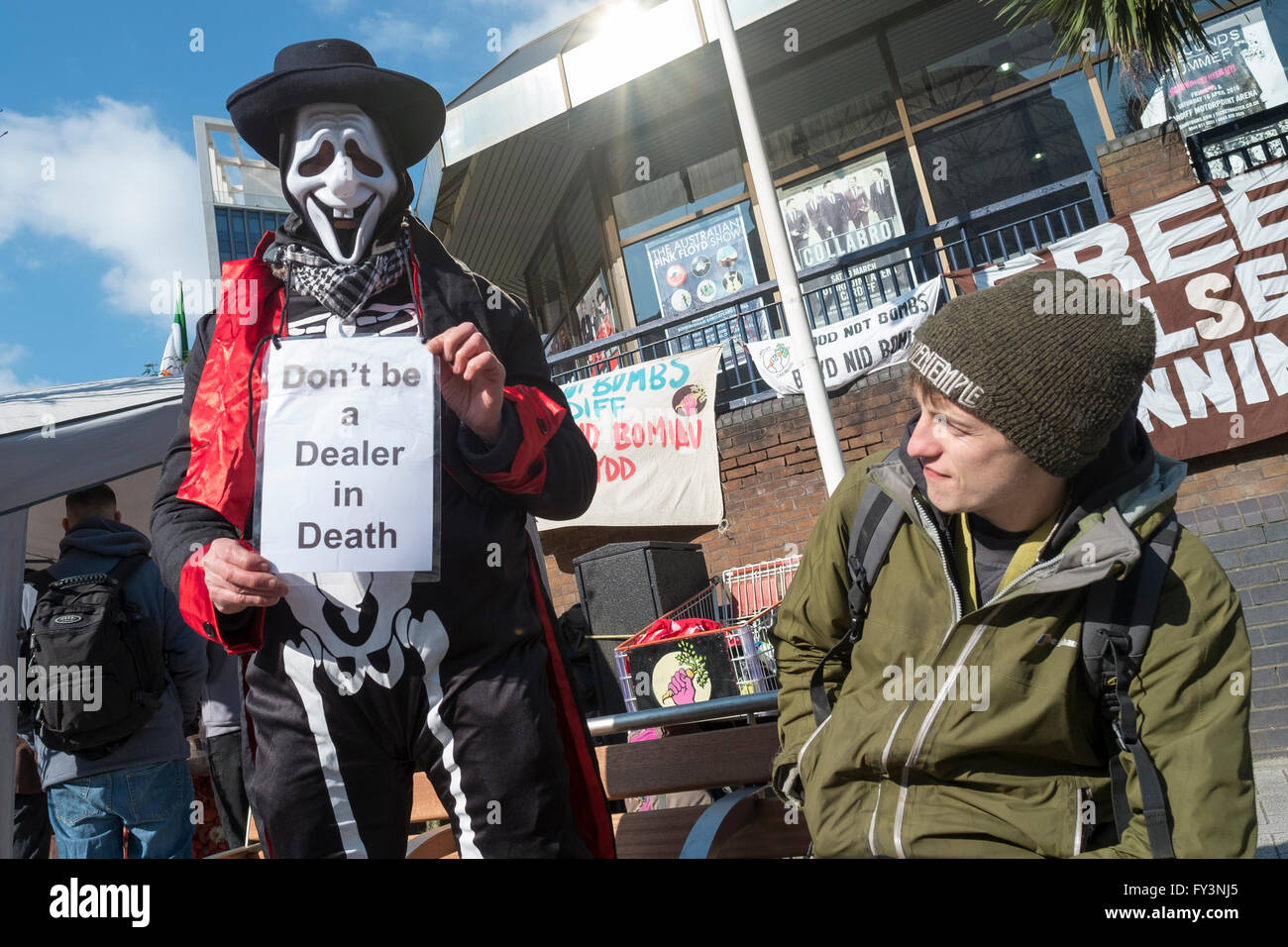 Rally against gun dealing fair in Cardiff, Wales - Stock Image