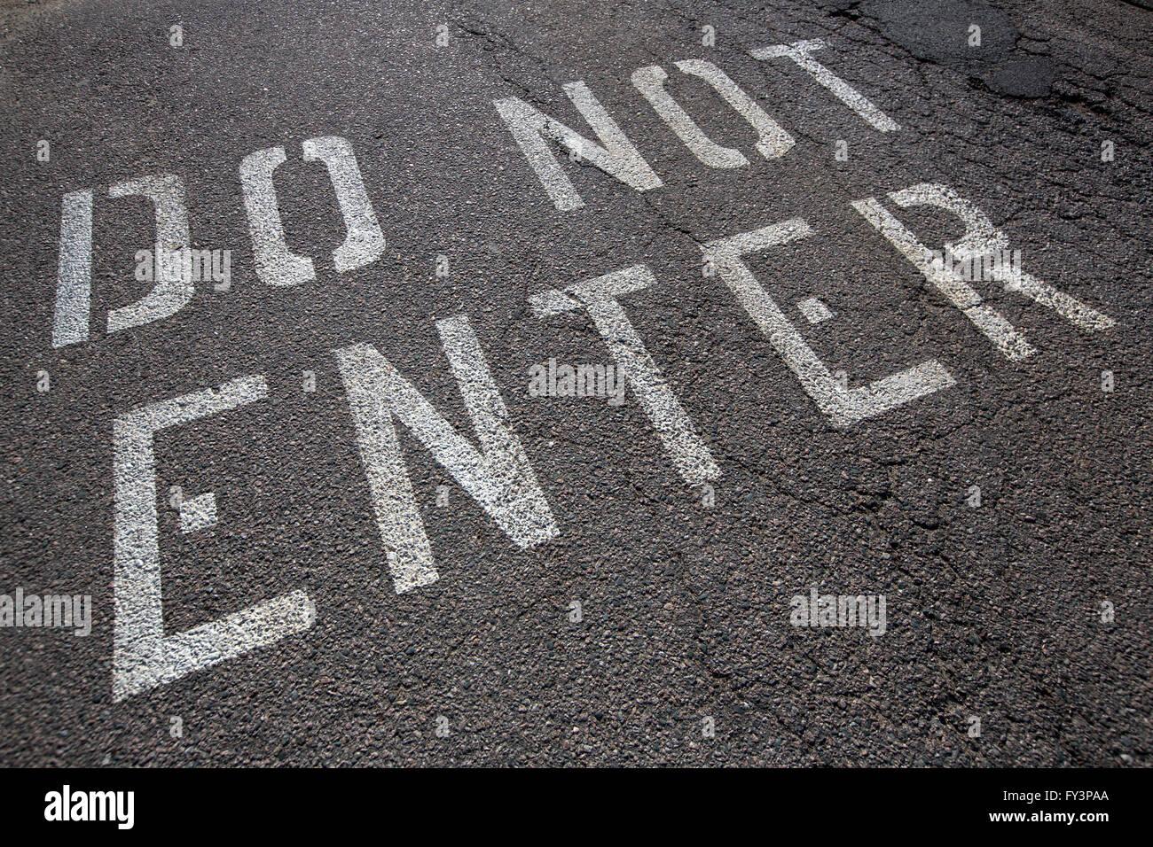 do not enter roadway warning - Stock Image