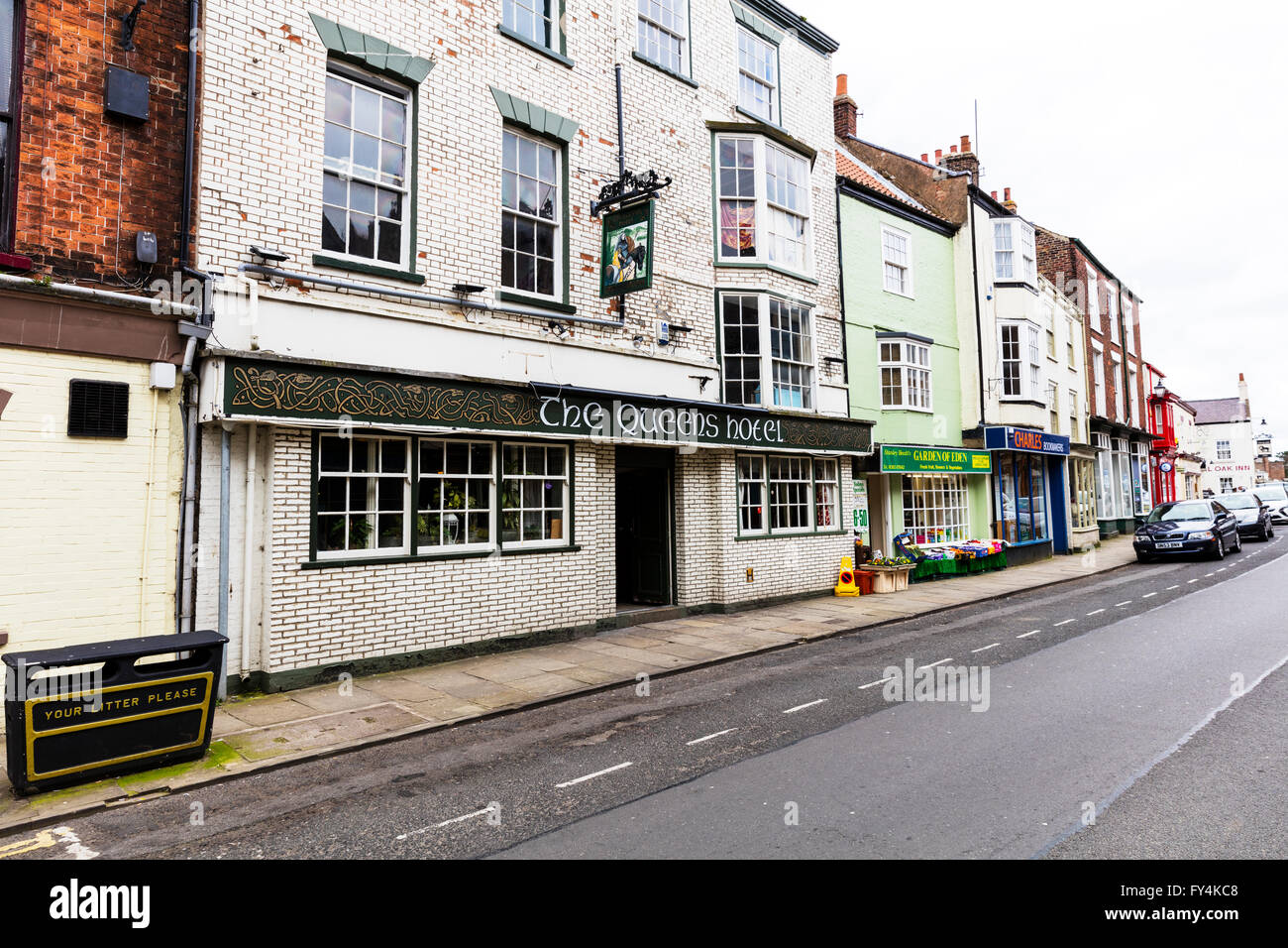 The Queens hotel pub old town Bridlington Yorkshire UK England coastal town towns - Stock Image