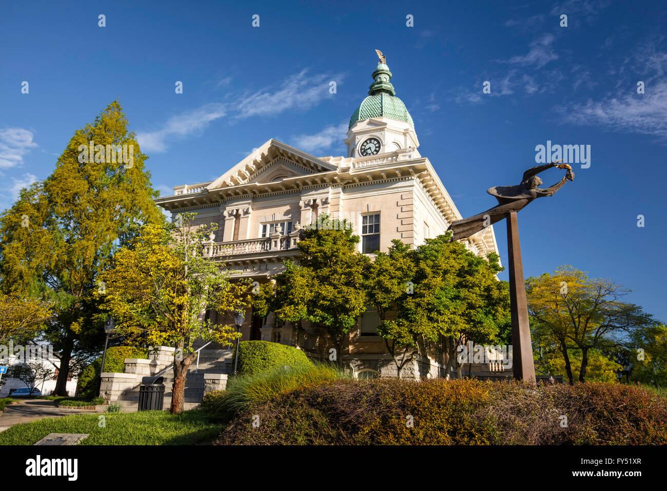 City Hall and 'Spirit of Athens' sculpture, Athens, Georgia, USA - Stock Image