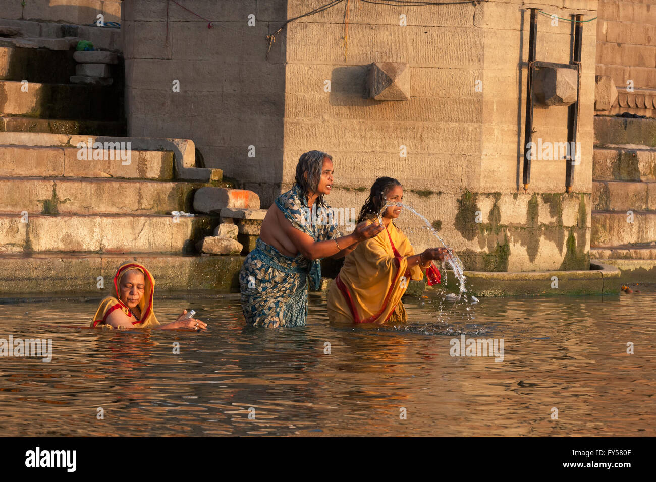 Hinduism and Buddhism have similarities in the Ganges culture, these unidentified hindu and buddhists - Stock Image