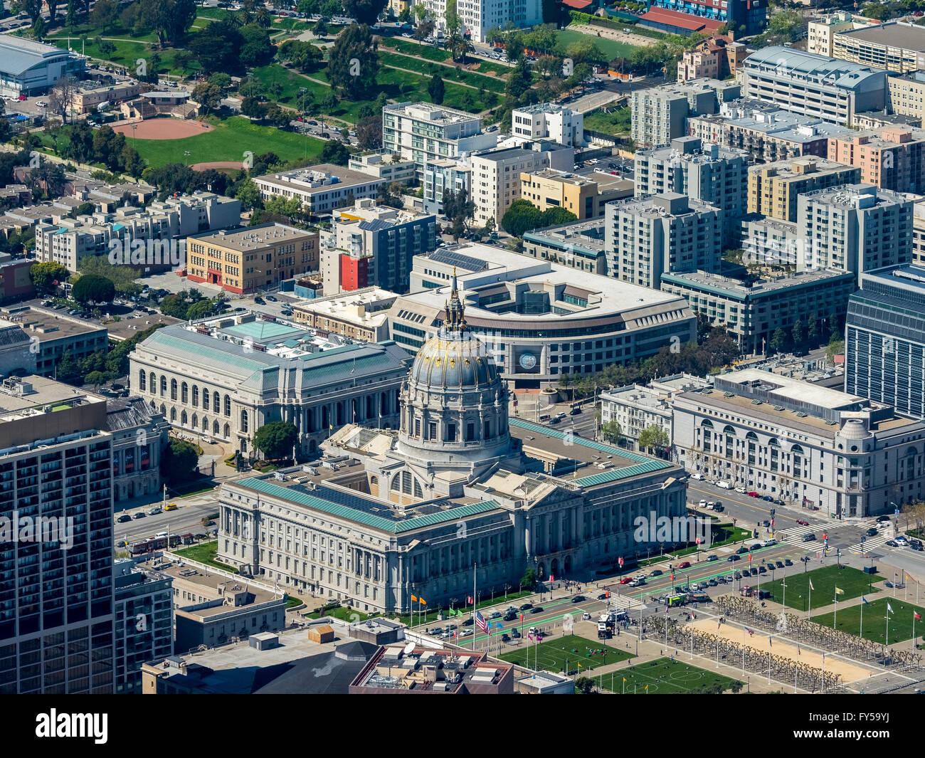 Aerial view, City Hall, Civic Center Plaza, Veterans Building, War Memorial Opera House, San Francisco, San Francisco - Stock Image