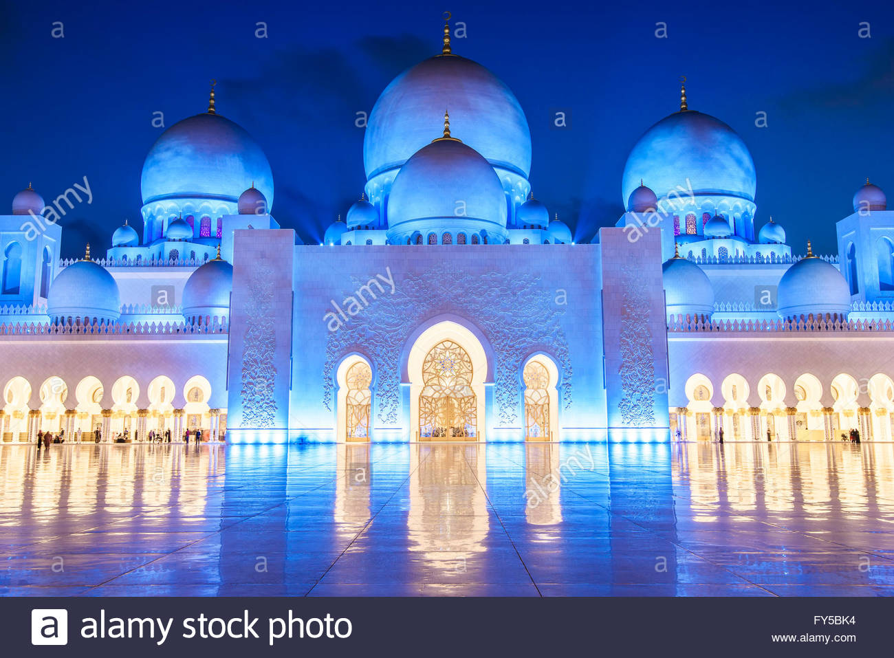 Abu Dhabi hosts the third largest mosque in the world - after the ones in Mecca and Madina in Saudi Arabia. It is Stock Photo